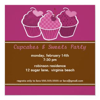 De Uitnodigingen van Cupcakes & van de Partij van