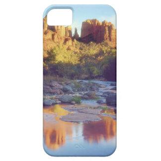 De V.S., Arizona, Sedona. Het nadenken van de Rots Barely There iPhone 5 Hoesje