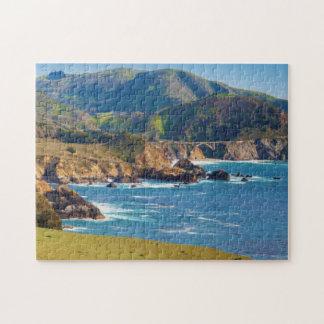De V.S., Californië. Panorama van Grote Sur met Legpuzzel