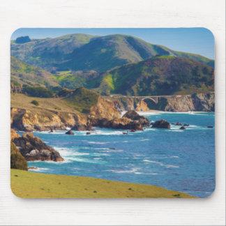 De V.S., Californië. Panorama van Grote Sur met Muismat