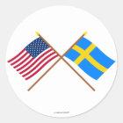 De V.S. en Zweden Gekruiste Vlaggen Ronde Sticker