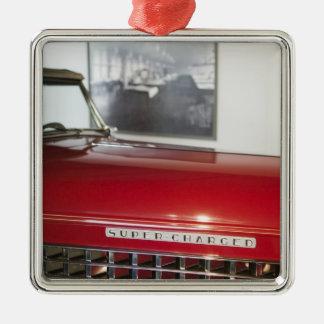 De V.S., Kastanjebruin Indiana: Kastanjebruin, Zilverkleurig Vierkant Ornament