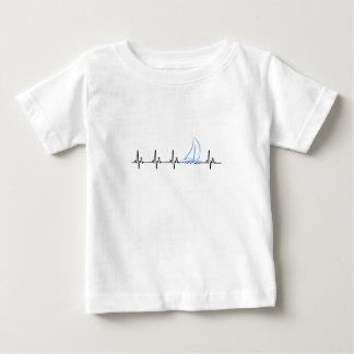 De varende Grappige Zeilboot van de Hartslag Baby T Shirts