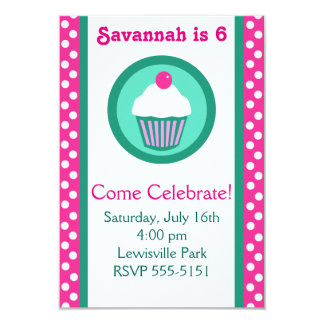 De verjaardagsuitnodiging van Cupcakes Kaart