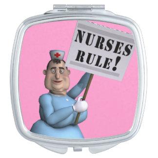De verpleegsters beslissen! makeup spiegeltjes