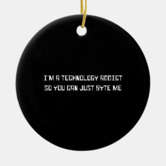 De Verslaafde van de technologie Rond Keramisch Ornament
