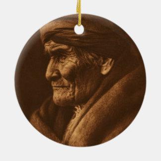 De vintage Foto van Edward S Curtis Geronimo Rond Keramisch Ornament