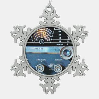 De vintage Korte RadioOntvanger van de Golf Tin Sneeuwvlok Ornament