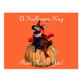 De vintage Omhelzing van Halloween Briefkaart