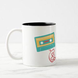 De vintage Retro Band van de Cassette Tweekleurige Koffiemok