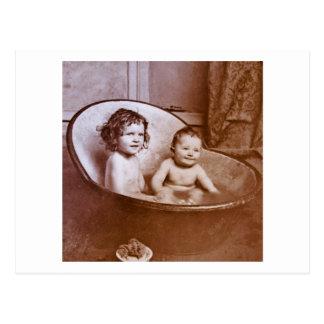 De vintage Tijd van het Bad van het Baby Briefkaart