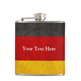 De vintage Vlag van Grunge Duitsland met de Tekst  Heupfles