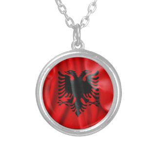 De Vlag van Albanië om het Ketting van de