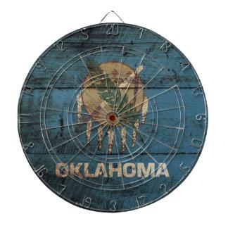 De Vlag van de Staat van Oklahoma op Oude Houten Dartbord