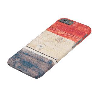 De Vlag van Nederland op Hout Barely There iPhone 6 Hoesje