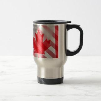 De vlaggen van Canada en van de V.S. Reisbeker