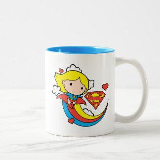 De Vliegende Regenboog van Supergirl van Chibi Tweekleurige Koffiemok