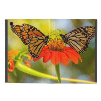 De Vlinders van de monarch op Wildflowers iPad Mini Hoesje