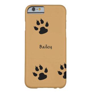De Voetafdrukken van de hond Barely There iPhone 6 Hoesje