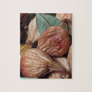 De vruchten van de herfst. Close-up van droge fig. Legpuzzel