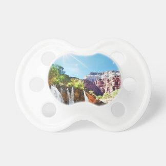 De Waterval van de berg Fopspeen
