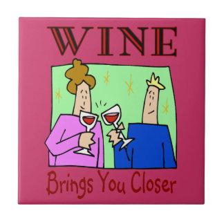 De wijn brengt dichter u keramisch tegeltje