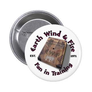 De Wind van de aarde en de Ventilator van de Brand Ronde Button 5,7 Cm