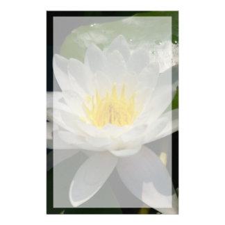 De witte Bloem van Lotus Waterllly Briefpapier