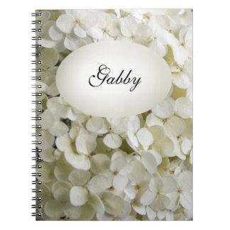 De witte Bloemen van de Hydrangea hortensia Notitieboek