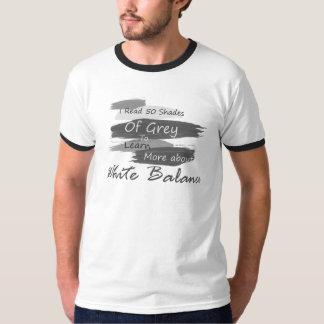 De witte In orde gemaakte T-shirt van het Saldo -