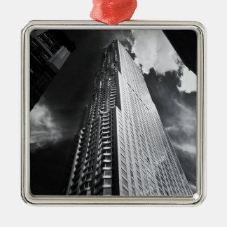De Wolkenkrabber van de Stad van New York in Zilverkleurig Vierkant Ornament