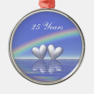 de Zilveren Harten van het 25ste Jubileum Zilverkleurig Rond Ornament