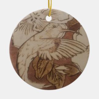 De Zoemende Vogel van de hibiscus Rond Keramisch Ornament