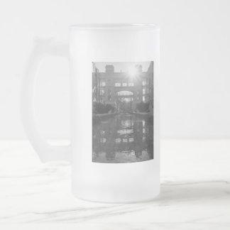 De Zonnestraal Grayscale van Coronado Matglas Bierpul