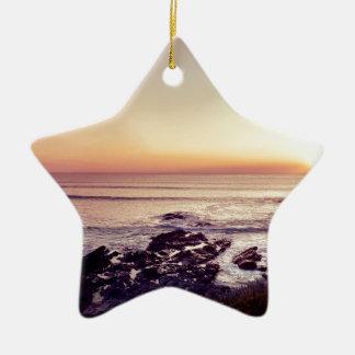 De Zonsondergang van het Strand van Fistral Keramisch Ster Ornament