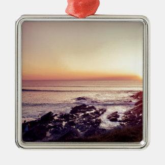 De Zonsondergang van het Strand van Fistral Zilverkleurig Vierkant Ornament