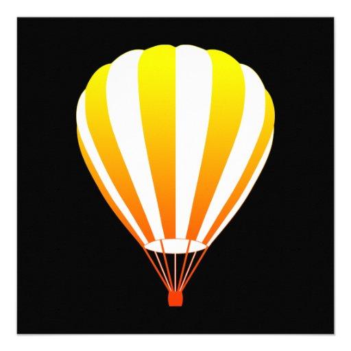 de zonsondergang verdwijnt hete luchtballon langza persoonlijke  aankondiging