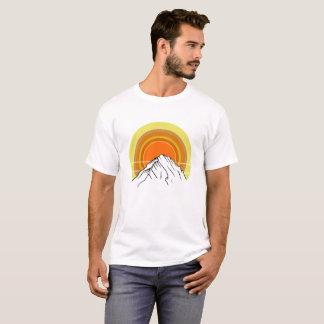 De Zonsopgang van de berg T Shirt