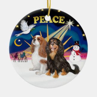 De Zonsopgang van Kerstmis - Twee Cavaliers Rond Keramisch Ornament
