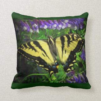 De zwarte en Gele Blauwe Bloemen van de Vlinder Sierkussen