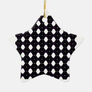 De zwarte van het kant op wit keramisch ster ornament