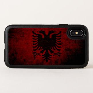 De zwarte Vlag van Grunge Albanië OtterBox Symmetry iPhone X Hoesje