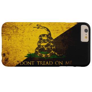 De zwarte Vlag van Grunge Anarcho Gadsden Barely There iPhone 6 Plus Hoesje
