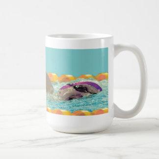 De Zwemmende Mok van het vrije slag