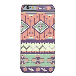 Decoratief kleurrijk patroon in Azteekse stijl Barely There iPhone 6 Hoesje