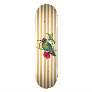 Dek van het Skateboard van de Strepen van de Vogel