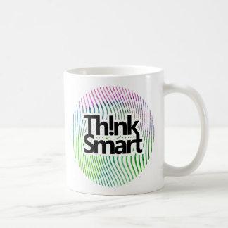 Denk de slimme strepen van de waterverfwerveling koffiemok