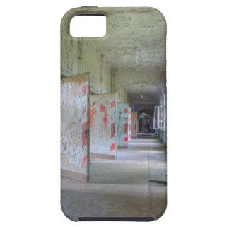 Deuren en Gangen 02.1, Verloren Plaatsen, Beelitz Tough iPhone 5 Hoesje