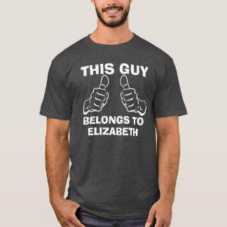 Deze Kerel behoort om de Douane van de Naam in te T Shirt