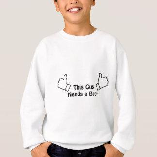 Deze kerel vergt een bier trui